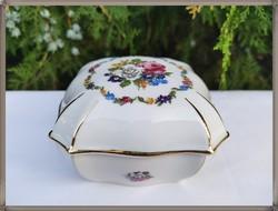 Large bouquet pattern, large zsolnay porcelain bonbonier