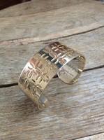 Emanuel ungaro gold color jewelry bracelet