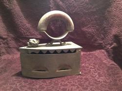 Antique lion head cast iron charcoal iron 210923