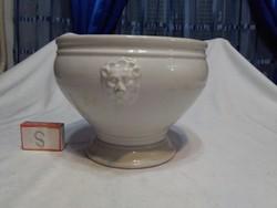Ceramic pot - convex lion head with pliers
