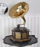 Meseszép 8 szögletes gramafon