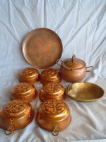 9 pieces of antique oven molds of which 6 pieces were not used large 3-legged offering with lid larger