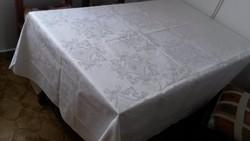 Nagyméretű fehér damaszt asztalterítő, abrosz, 300/133 cm, nem használt, nem mosott