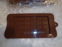 Szilikon - új - csokiöntő forma - 21 x 11 cm