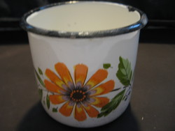 Retro floral enamel mug