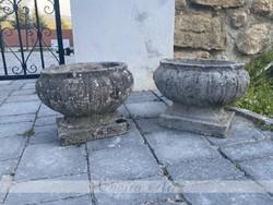 Old garden vase / pot in pairs