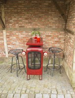 Metal tractor table with chairs (red)