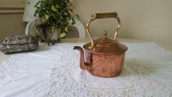 Szép formájú,vörösréz teáskanna,sárgaréz fogóval