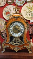 1920s boulle style wood and bronze decorated fireplace clock. F-24