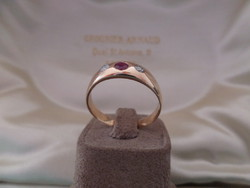 Gold caul ring with real ruby and glasses