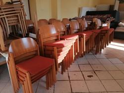104 db szék 13 db asztal