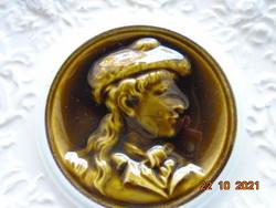1880 Villeroy & boch schramberg majolica decorative plate with female portrait