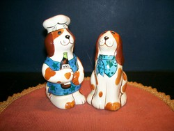 Pair of dogs holding figural salt and pepper