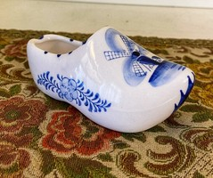 Traditional delft faience slippers