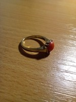 Old coral stone gold ring 9k