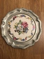 Very nice faience bettetus metal frame ornament plate