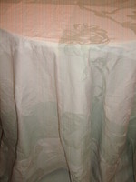 Wonderful burst-white pastel green special baroque leaf and flower patterned woven damask tablecloth