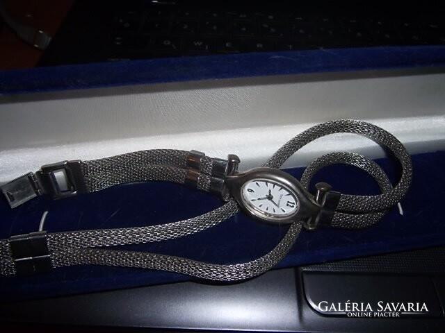 Pierre Lannier design női karóra - Clocks   Watches  2835c24b13