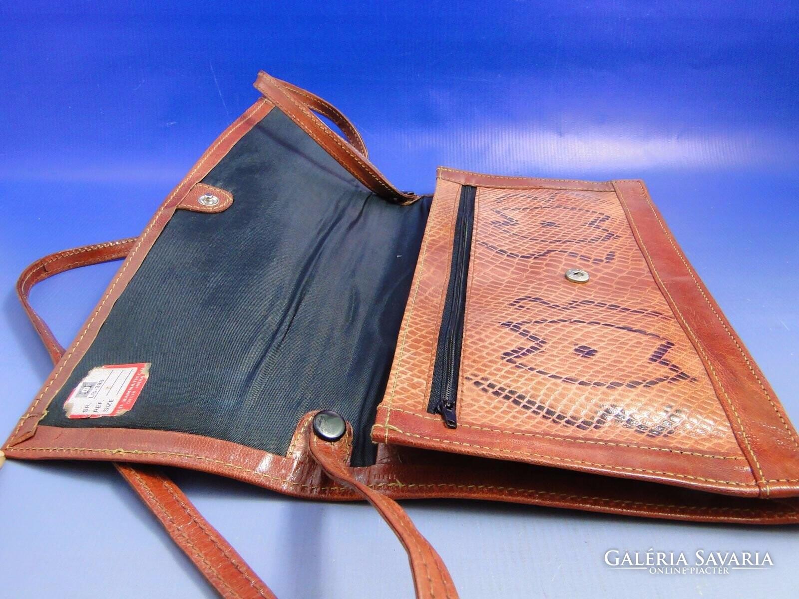 0B322 Kígyóbőr mintás női táska laptáska - Gardrób  1798f87ec0