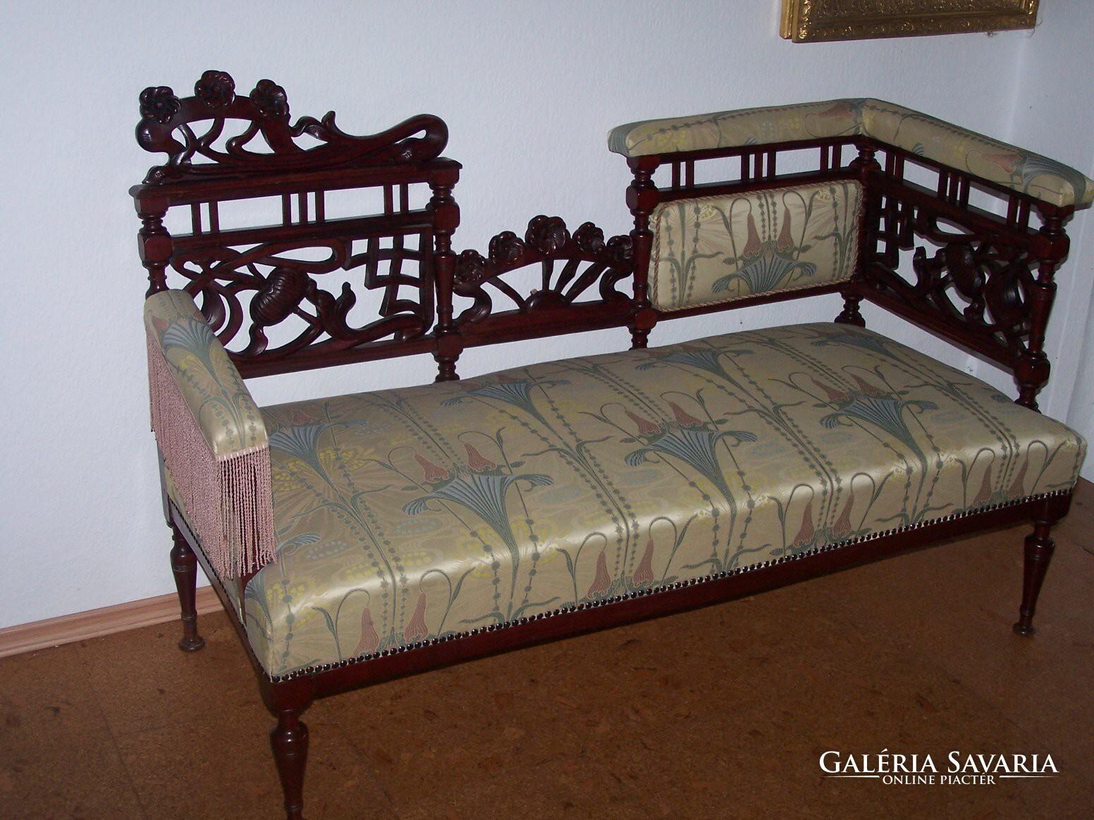 Szecessziós kanapé, szófa, frissen felújítva, restaurálva ...