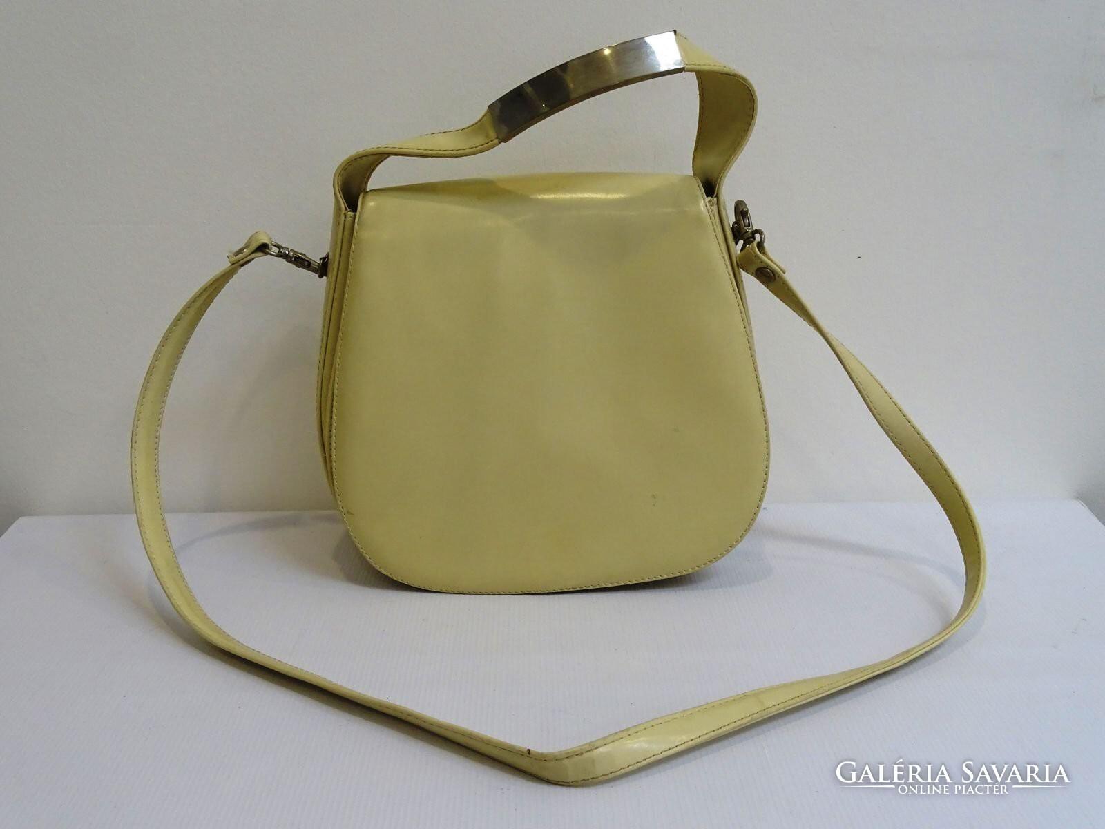0H453 Retro vajszínű műbőr női táska válltáska - Wardrobe  90470f5e4b