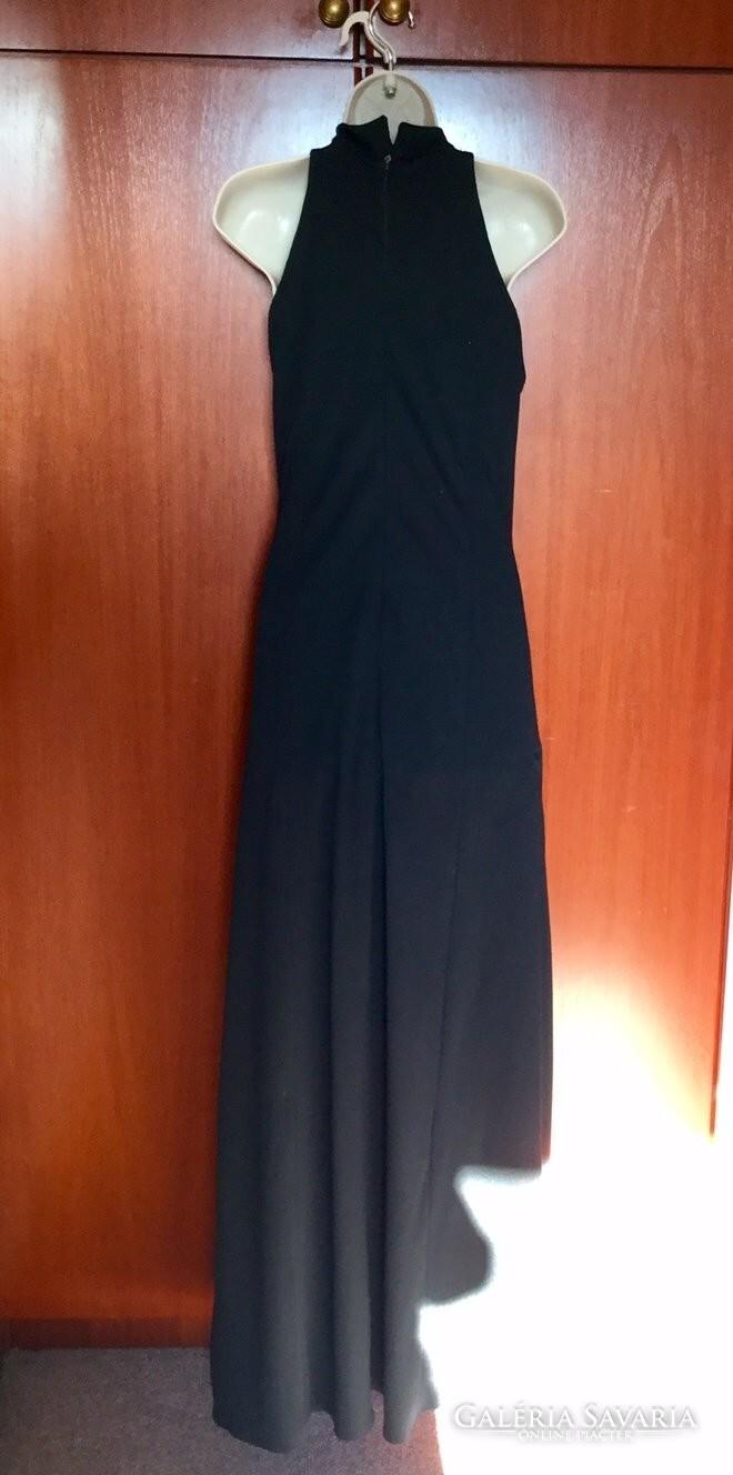 4eef01939f Fekete Jersey estélyi ruha bélelt, arany díszítéssel 40-42 méret ...
