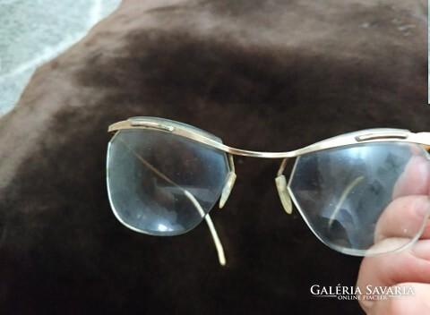 szemüveg stimulációra